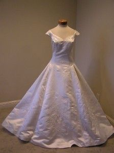 davids bridal wedding dress ivory in Wedding Dresses