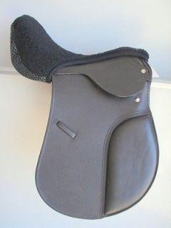 English AP Jump Closecontact Hunt Saddle seat saver cover, Non Slip 14