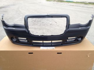 05 10 Chrysler 300 SRT8 Front Bumper Charger Magnum Challenger 2011