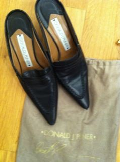 Donald J Pliner 7 5 Black Leather Mules