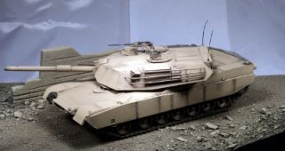 35 Built M1 Abrams Tank Diorama Desert City Rubble