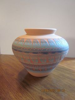 Indian Pottery Vase from Albuquerque New Mexico Navajo Indian Tribe