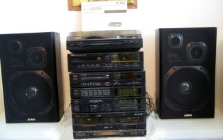 AIWA STEREO SYSTEM TURNTABLE SYSTEM STEREO CASSETTE RECEIVER RADIO AND