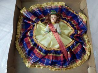 The World Scottish Doll Box 7 Hard Plastic Sleepy Eye Scotland