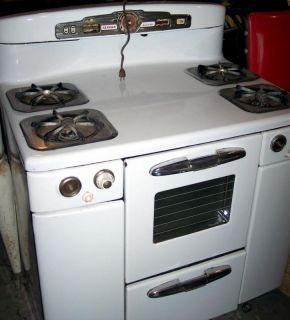 Vintage Tappan Deluxe Gas Stove Needs Restoration
