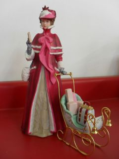 Presidents Club Mrs Albee Award Porcelain Avon Lady Figurine