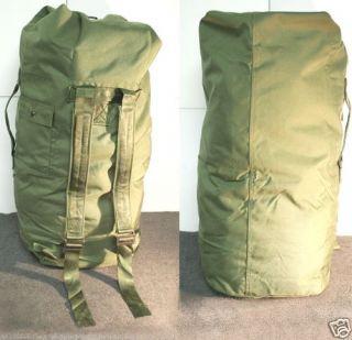 Barracks Military Surplus Duffle Gear Bag Backpack Good