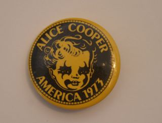 Alice Cooper Billion Dollar Babies America 1973 Pin on Button