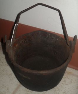 ANTIQUE COSPER 6 CAST IRON MELTING KETTLE SMELTING POT CAULDRON