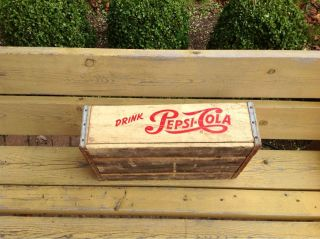 vintage single dot Pepsi Cola wood case from Jonesboro Ark 62