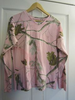 Womens Realtree Pink Camouflage Shirt Size XL 16 18