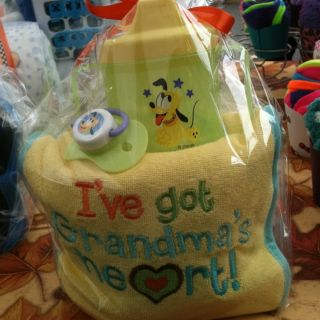 Mini Baby Diaper Cake Ive go Grandmas Hear