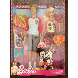 Barbie Loves Disney Barbie and Ken Set Minnie Mickey Mouse NEW
