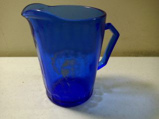 VINTAGE HAZEL ATLAS SHIRLEY TEMPLE BLUE GLASS CREAMER PITCHER OPTIC