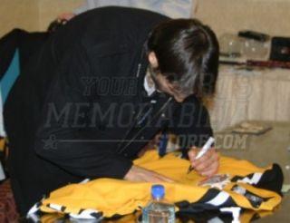Patrice Bergeron Boston Bruins Signed 2010 Bruins Winter Classic