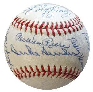 Brooklyn Dodgers Greats 23 Signed Baseball JSA X51382 Pee Wee Reese