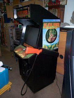 Original Survivor The Big Buck Hunter Video Arcade Gun Game Machine