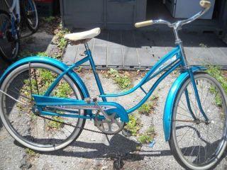 Vintage Columbia Thunderbolt ladies bicycle bike teal fenders
