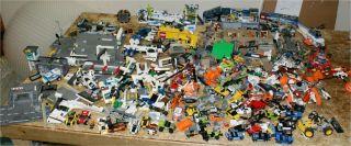 LARGE LOT OF LEGO SETS PLANES CARS TRUCKS BUILDINGS SHIPS MINIFIGURES