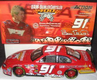 Bill Elliott UAW Daimler Chrysler #91 Dodge Intrepid 2004 Action 1 24