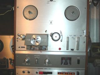 Akai x 1800SD Reel to Reel Tape Recorder with 8 Track for Parts Repair