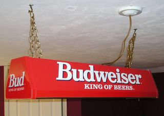 Budweiser Pool Table Light. Excellent condition. 2 flourescent lights