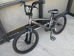 BMX Diamond Back GT Freestyle Stunt Dirt Race Trick Bike Bicycle 20