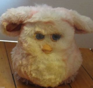 TIGER ELECTRONICS FURBY WORKS WHITE AND PINK STRIPES WITH BLUE EYES