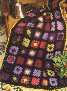 Free Crochet Pattern For Granny Square Sampler : Christmas Flower Crochet Granny Square Afghan Pattern
