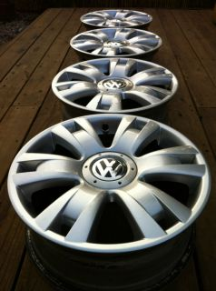 VW Volkswagen New Bug Beetle Jetta Borbet Stock 17 Wheels Rims Caps