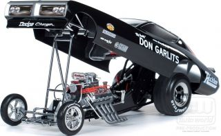AUTO WORLD GARY BOLGER DON GARLITS LEGENDS DODGE HEMI FUNNY CAR 1 18