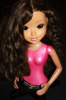 Beautiful Bratz Styling Head Dolls Brown and Red Hair PERFECT SHAPE