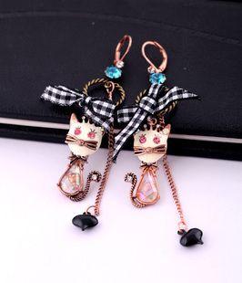 Betsey Johnson Synchronous Small Cat Bow Earrings BJ E166