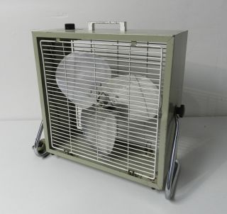 Penncrest 3 Speed 16 Portable Box Fan Metal Blade w Stand