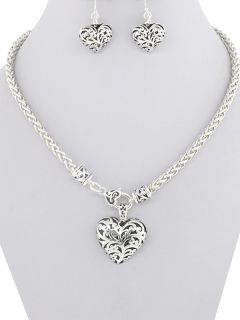 Brighton Bay Design Filigree Silver Black Heart Charm Fashion Necklace