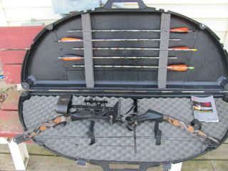 RH Browning Boss Vortex Compound Bow with Case and Arrows