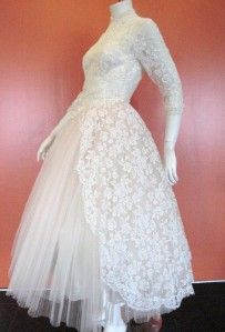 VINTAGE 1960 CAHILL LTD BEVERLY HILLS FULL SKIRT TULLE WEDDING DRESS
