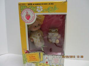 BUTTER COOKIE WITH JELLY BEARY STRAWBERRY SHORTCAKE 1984 ORIGINAL BOX