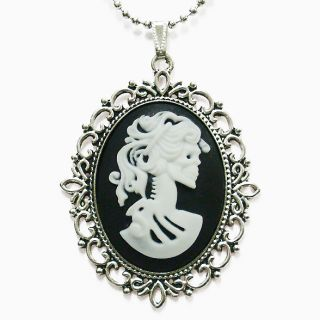 Skull Zombie Cameo Necklace EP01 Large Gothic Style Black White Lady