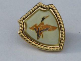flying mallard duck metal lapel pin canada pinback souvenir