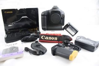 Canon 1Ds III Digital SLR Camera Only 2 250 Shots Mark 3 EOS Body