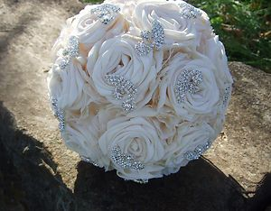 Rhinestone Wedding Bouquet Bridal Cream Roses Fabric Flower New Non