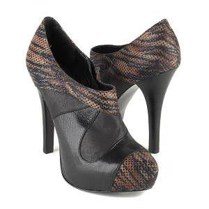 Carlos by Carlos Santana Chula Heels Pumps Shoes Size