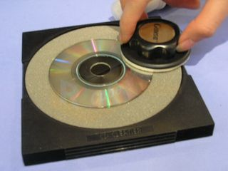 Geneva High End Disc CD DVD ROM RW R Disc Cleaner Repair Minor Scratch