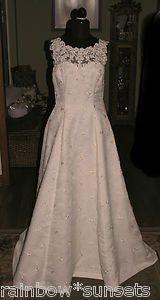 New Ivory Beaded Organza Wedding Gown Chapel Train Sleeveless Size 14