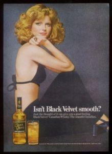 1976 Cheryl Tiegs Photo Black Velvet Whisky Print Ad