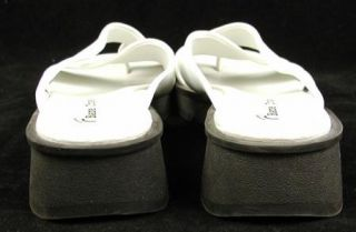 Womens Bare Traps White Sandals Christy 5 5 M Shoes Slides Slip On