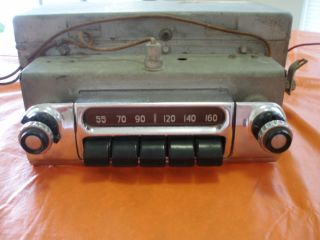 Antique Original 1953 Chevrolet Push Button Am Radio 6 Volt