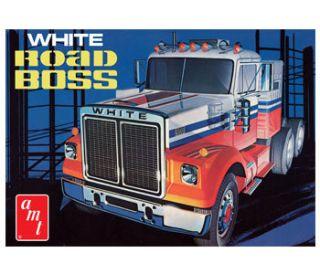 White Road Boss Truck AMT plastic Model Car Mountain kit 1 25 FS