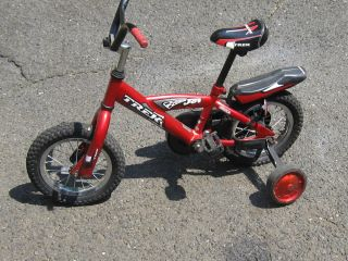 CHILDRENS TREK JET 12 BIKE RED TOP OF THE LINE FOR KIDS BICYCLES